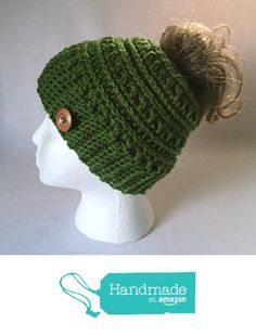 Handmade Messy Bun Hat Kelly Green Ribbed Beanie Wood Button Ponytail Holder Crochet Cloche https://www.amazon.com/dp/B06WVZKHY6/ref=hnd_sw_r_pi_dp_lgIRybMY4A22N #handmadeatamazon