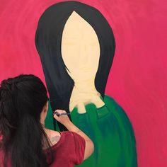 @ritawainer está no Elas por Elas evento que acontece entre hoje e amanhã no Villa Mall no Rio de Janeiro para discutir feminismo organizado pelo @jornaloglobo e pelas revistas @marieclairebr @voguebrasil @glamourbrasil @revistapegn @revistacrescer @revistagalileu. A tela pintada por ela será leiloada no fim do evento e a renda será revertida para o Instituto Maria Penha que combate a violência contra a mulher. #elasporelas2017  via MARIE CLAIRE BRASIL MAGAZINE OFFICIAL INSTAGRAM - Celebrity…