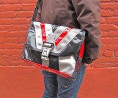 truck tarp, seat belts and bike inner tube Seat Belts, Tube, Recycling, Backpacks, Handbags, Totes, Recyle, Purse, Repurpose