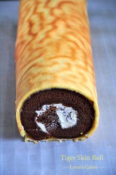 Tiger Skin Swiss Roll Source : http://resepmasakanlengkap.blogspot.com/ Modified by Elly Bahan Roll Tart : - Kuning telur 15 butir...