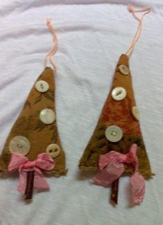 Dos artesanales adornos de árbol de Navidad por VintageAnteUps