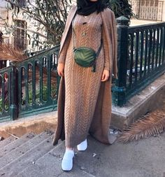 Oversized sweater dress hijab style – Just Trendy Girls Lit Outfits, Modest Outfits, Simple Outfits, Fashion Outfits, Dress Fashion, Modest Fashion Hijab, Muslim Fashion, Casual Hijab Outfit, Hijab Style