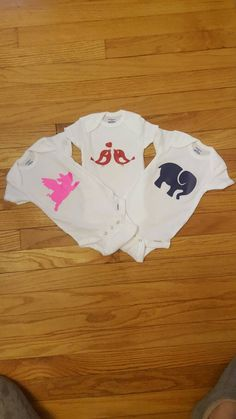 Check out this item in my Etsy shop https://www.etsy.com/listing/489947797/animal-baby-onesies-flying-pig-elephant
