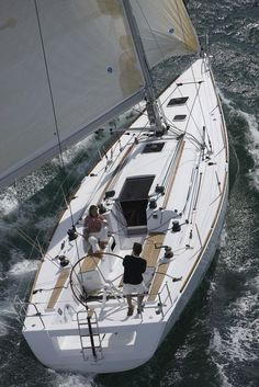 What a fantastic boat to live on, - - Beneteau First 40