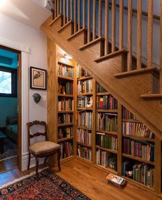 Stunning Home Library Ideas for Your Home. The love of reading is great, home library are awesome. However, the scattered books make the feeling less comfortable and the house a mess. My Dream Home, Dream Homes, Future House, Cozy Home Library, Library Ideas, Mini Library, Library Room, Closet Library, Hallway Closet