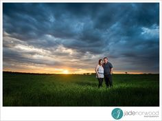 Sunset country engagement pre wedding photos | Adelaide Wedding Photographers Port Lincoln Photos  jadenorwood.com