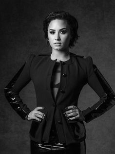 Demi Lovato backstage at the MusiCares 2016. Shot By: Alan Silfen | @alansilfen Styling By: Marjan Malakpour | @marjanmalakpour