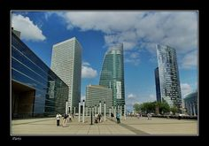 Towers of La Défense, Paris through the eyes of Budapestman