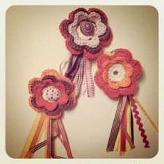 Broches, made by Miemosa