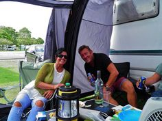 Great campsite near Edinburgh. 15 minute bus ride into town.