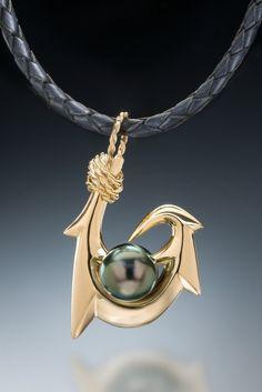 Six Barb (Maui Style) Tahitian Pearl Pendant in gold - Kauai Carver Pearl Beads, Pearl Jewelry, Men's Jewelry, Pearl Necklace, Fish Hook Jewelry, Tahitian Black Pearls, Pearl Pendant, 18k Gold, Jewelry Accessories