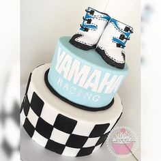 This has got to be one unique idea, love it! Baby Shower Cakes For Boys, Baby Shower Games, Baby Boy Shower, Baby Showers, Baby Boy Rooms, Baby Boy Nurseries, Checkered Cake, Motocross Baby, Dirt Bike Party