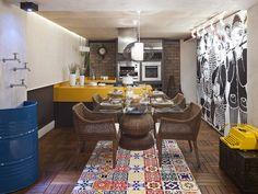 Azulejos e ladrilhos hidráulicos criam decoração rústica e colorida - Casa - GNT