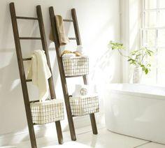 escalera como perchero o toallero