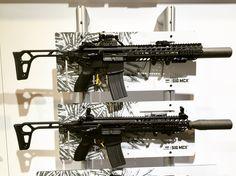 Sig Sauer MCX at ShotShow This rifle shoots so smooth! Airsoft Guns, Weapons Guns, Guns And Ammo, Tactical Rifles, Firearms, Shotguns, M203 Grenade Launcher, Sig Mcx, Ar Rifle