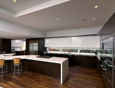 #Contemporary #kitchen | Woodways Custom Cabinetry #modern Kitchen  Woodwayscustom.com