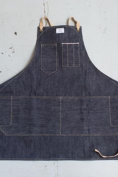 A unisex apron with a bit of heft. Designed for people who make and maintain things, it will stand the test of time.