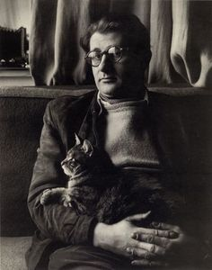 Helmut Newton et son chat. #cats #retrato