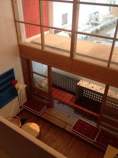 From  Sou Fujimoto 藤本壮介 @soufujimoto 建築博物館でコルビュジェのユニテ の原寸大を見る。かなり気合が入っ た作りで嘘くささがない pic.twitter.com/maHGtOpQW6