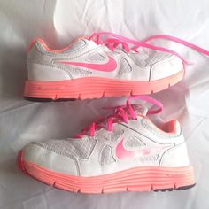 "Selling this ""Nike Lunalon Neon Pink"" in my Poshmark closet! My username is: beachgateway. #shopmycloset #poshmark #fashion #shopping #style #forsale #Nike #Shoes"