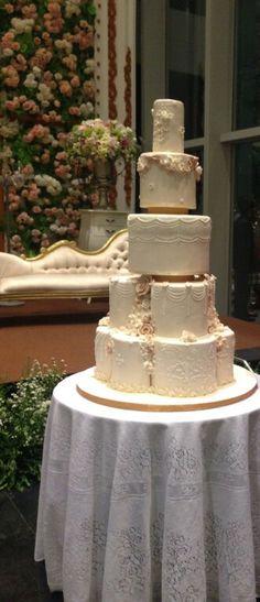 The wedding cake by Pand'or #wedding #weddingcake #pandorcake