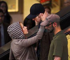 scarlett johannson on set of captain america the winter soldier photos   Scarlett Johansson kissing Chris Evans on the set of Captain America ...