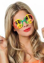 60er Hippie Brille #Peace-Zeichen bunt, aus unserer Kategorie #Karnevallsbrillen. Mit dieser #Regenbogenbrille hat jedes #Blumenkind den vollen Durchblick! Die runde #Peace-Brille ist nicht nur auffällig und schrill, sie vollendet Hippie- und Flower-Power-Kostüme und macht jedes Hippiekostüm zu einem echten #Hingucker!