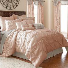 Ella 24-Piece Pintuck Comforter Set