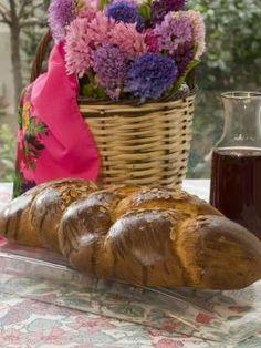 Τσουρέκι Greek Easter Bread, Baked Potato Casserole, Greek Desserts, Greek Dishes, My Cookbook, Holiday Baking, Cookie Recipes, Sweet Tooth, Food Porn