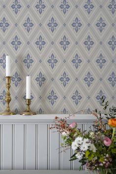 Swedish Wallpaper, Artistic Wallpaper, Swedish Interiors, Scandinavian Interior, Transitional Wallpaper, Swedish Cottage, French Apartment, New England Style, Interior Decorating