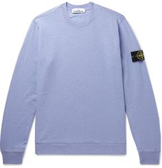 Relax in style with our selection of men's designer hoodies, sweatpants and sweatshirts. Stone Island Sweatshirt, Stone Island T Shirt, Fashion News, Girl Fashion, Monday Outfit, Dramatic Classic, Hoodies, Sweatshirts, T Shirts