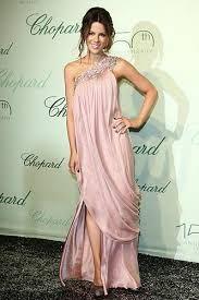 vestidos de fiesta rosa con piedreria - Buscar con Google