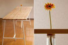 Mesa con flor