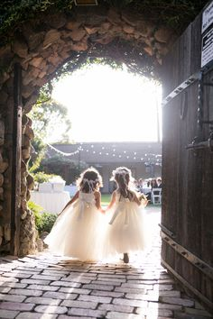 Sweet Flower Girls| Rancho Buena Vista Adobe Wedding|Photographer:  Vallentyne Photography