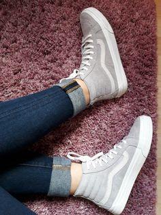 58 mejores imágenes de Sneakers | Dressy flat shoes, Trainer