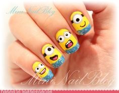 FINALLY! Minion nails !!!!! (:(: #win  I WANT THESE NAILS SOOOO BAD!!!!!!!! <3 <3