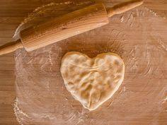 Näin saat gluteenittomista leivonnaisista kuohkeita | Kodin Kuvalehti