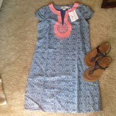 Vineyard Vines Tile Indigo Print Dress Summery Blue and coral dress brand new with tags! Vineyard Vines Dresses