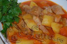 Mancare de cartofi cu carne - Pas 12 Thai Red Curry, Carne, Salsa, Good Food, Food And Drink, Potatoes, Mexican, Ethnic Recipes, Mai