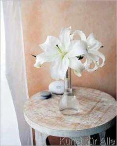 Amélie Vuillon - White Lilies