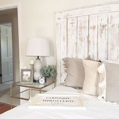 French Country Farmhouse Decor // Our Bedroom - Sparkling Footsteps #FrenchCountrybedroomsDecoratingIdeas #FrenchCountrybedroomsVintage #FrenchCountrybedroomsMasterSuite #FrenchCountrybedroomsRustic #FrenchCountrybedroomsModern #FrenchCountrybedroomsBlue