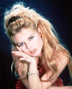 1960s Beehive Hairstyle | isn't just the 1960s beehive hairstyle that actress and model ...
