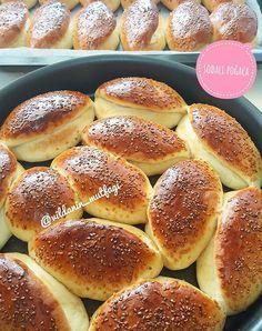 Yummy Recipes, Dessert Recipes, Cooking Recipes, Turkish Recipes, Greek Recipes, Dinner Rolls Easy, Greek Desserts, Good Food, Yummy Food