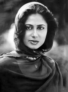 Vintage Bollywood, Indian Bollywood, Bollywood Stars, Bollywood Actress, Indian Face, Film Icon, Film World, Bollywood Pictures, Moda Vintage
