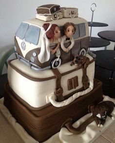 Volkswagen bus wedding cake