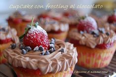 Anch'io mi sono lasciata contagiare dalla mania americana dei cupcake. Comunque devo anche ammettere che sono veramente molto buoni, facili da fare e sopra