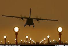 CASA C-212-100 Aviocar landing