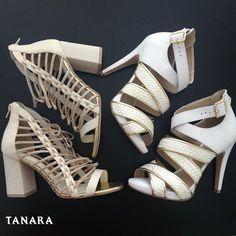 Qual desses sapatos seria a sua escolha para uma festa de Réveillon chiquérrima?  Sandália salto quadrado: ref. N7923 Sandália salto fino: ref. N7745