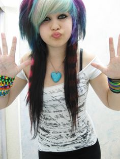 Cute Scene Girls, Cute Emo Girls, Scene Kids, Emo Scene Hair, Emo Hair, Scene Girl Fashion, Emo Bangs, Cool Hair Color, Cosplay