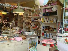 Juffrouw Splinter, een frisse mix van meubeltjes en woonaccessoires. Shopping in Amsterdam.